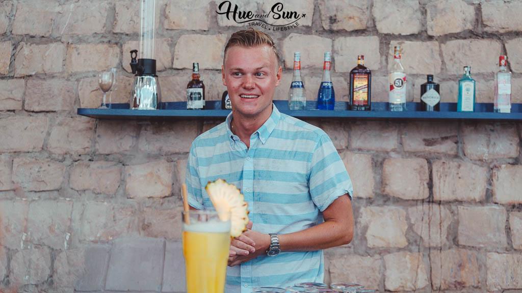 Blue bar beach club Phú Quốc